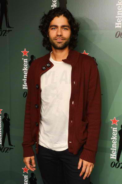 Adrian Grenier crack the case 10