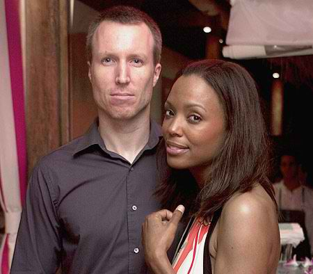 aisha tyler and husband