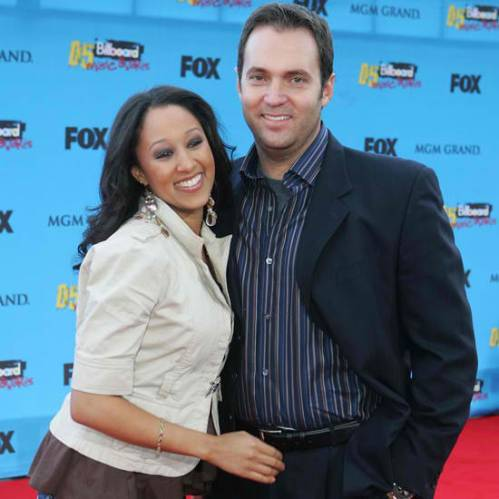 tamera mowry and husband