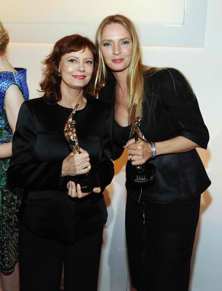 Honorees Susan Sarandon (L) and Uma Thurman