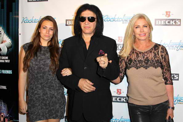 L-R) Sophie Simmons, Gene Simmons and Shannon Tweed rocktoberfest red carpet