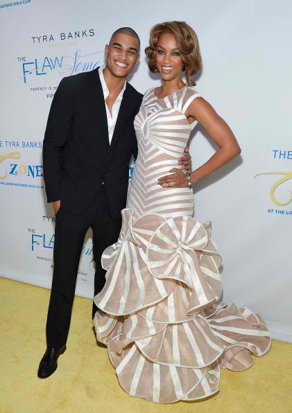 Rob Evans (L) and model media personality Tyra Banks 2