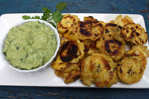 green plantain with garlic dipping sauce