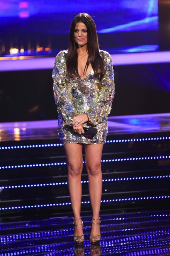 Khloe Kardashian x-factor 11-15-12 2