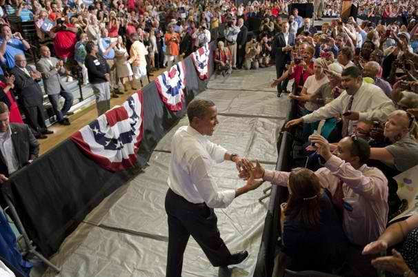 Obama campaigning