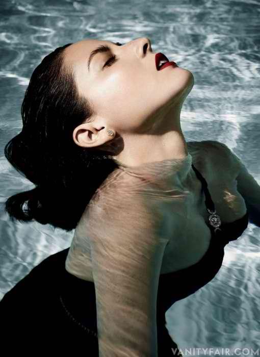 Olivia Munn Vanity Fair 1