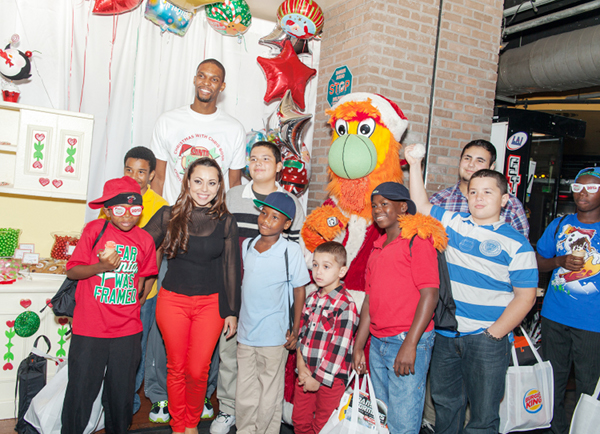 Chris Bosh and adrienne bosh donate gifts 3
