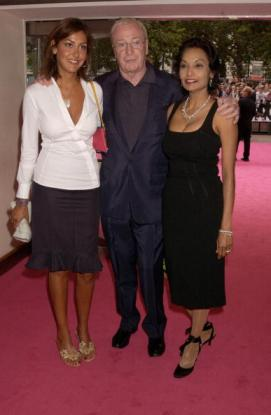 Michael Caine, wife Shakira and daughter Natasha at Charlie's Angels Premiere in 2001