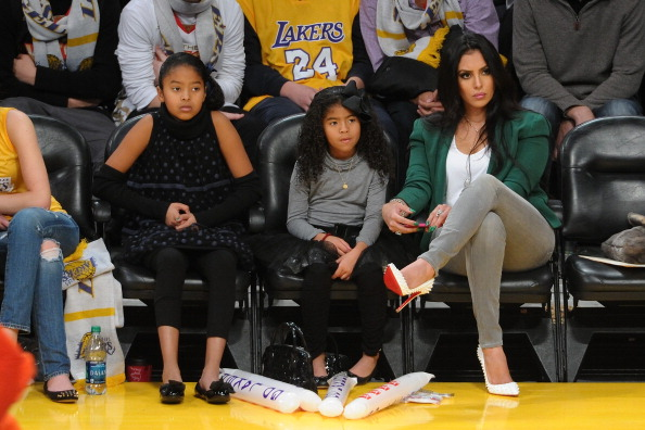 Vanessa Bryant and daughters at New York Knicks v Los Angeles Lakers game Xmas 2012 2