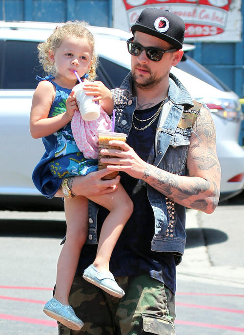 Harlow Madden and dad Joel Madden