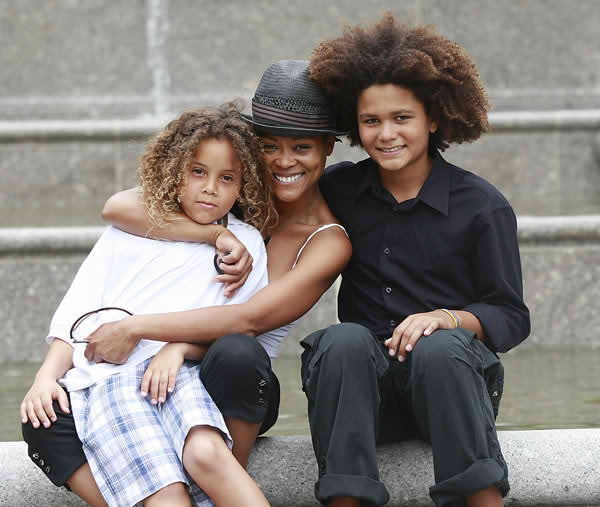 robin givens and kids