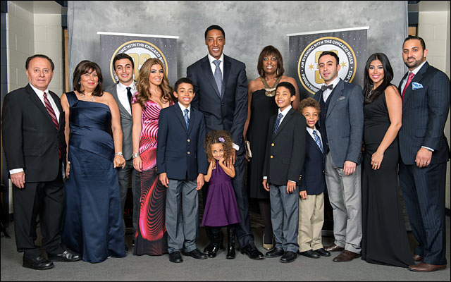 Scottie Pippen and family Annual Charity Dinner jan 2013 2