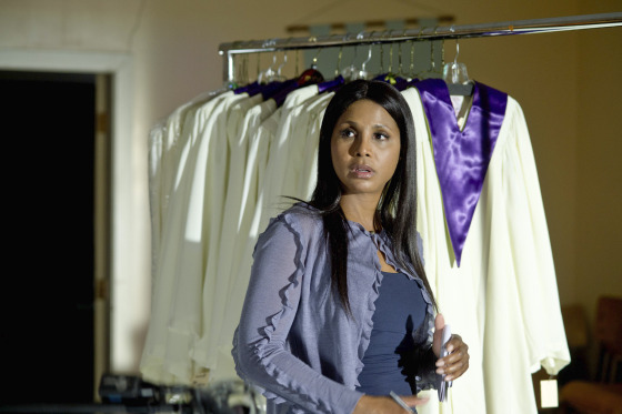 Toni Braxton in Twist of Faith 4
