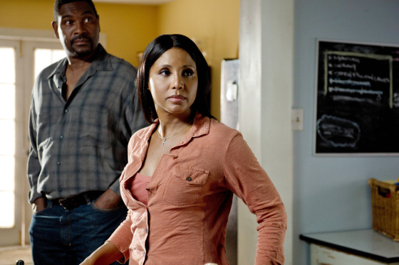 Toni Braxton in Twist of Faith 8