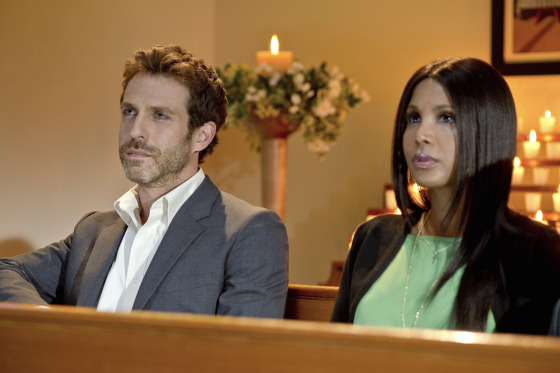 Toni Braxton in Twist of Faith 9