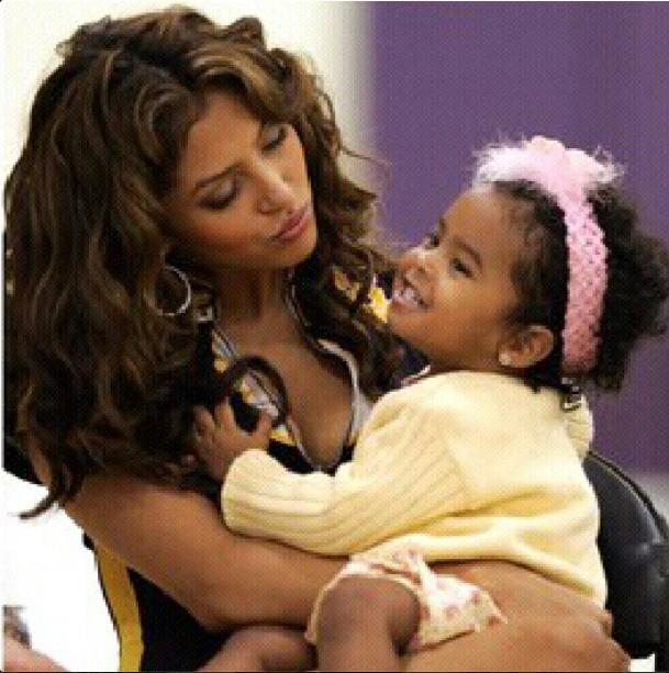 Vanessa Bryant and daughter Natalia