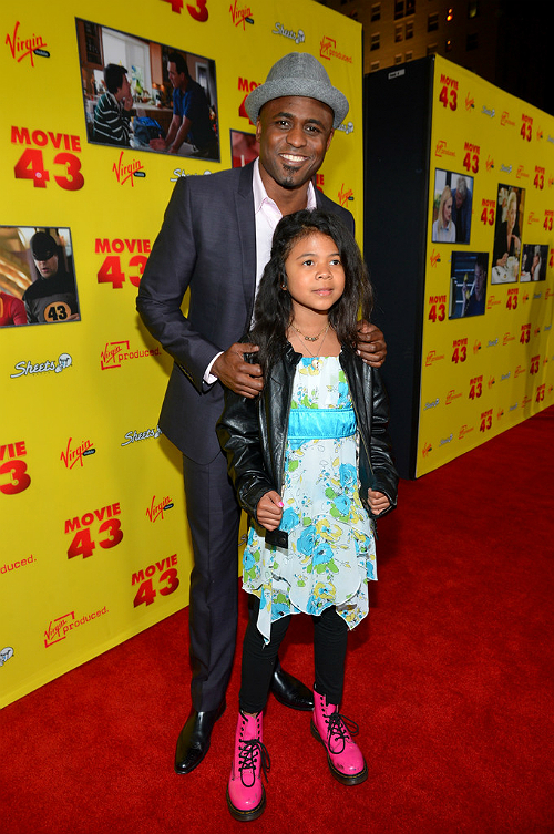 Wayne Brady and daughter Movie 43 premiere 2
