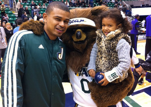 Earl Watson and daughter Isabella 1