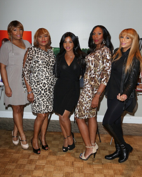 "Toni Braxton, sisters and mom at the ""Twist Of Faith"" - Los Angeles Premiere"